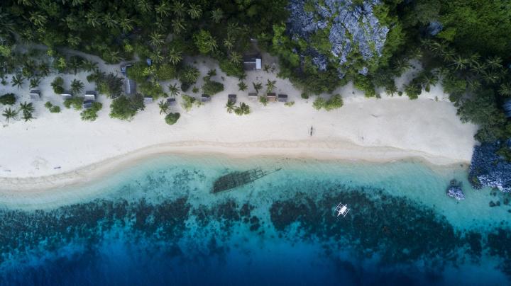 fil black island s plazi